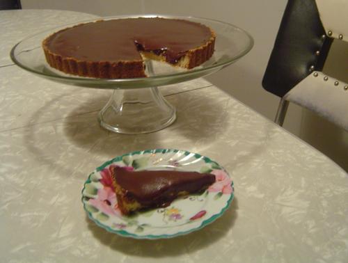 Chocolate-Crunched Carmel Tart
