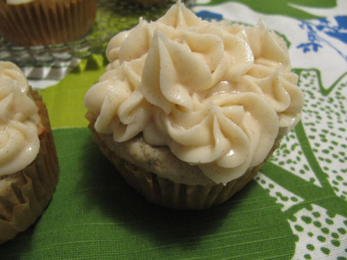 Roasted-Banana-Cupcakes