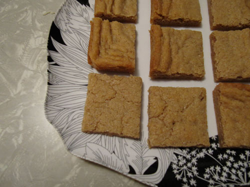 Cinnamon-Blondies---Sliced