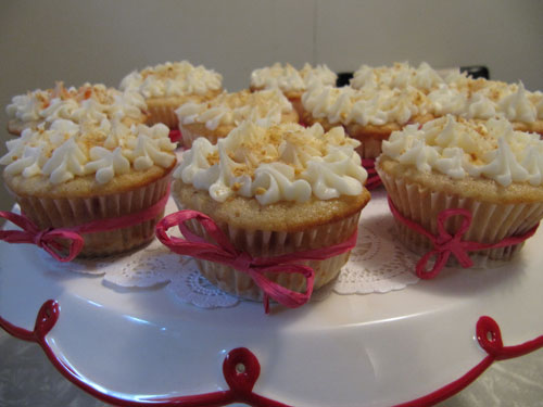 Strawberry-Cheesecake-Cupcakes---girls-night